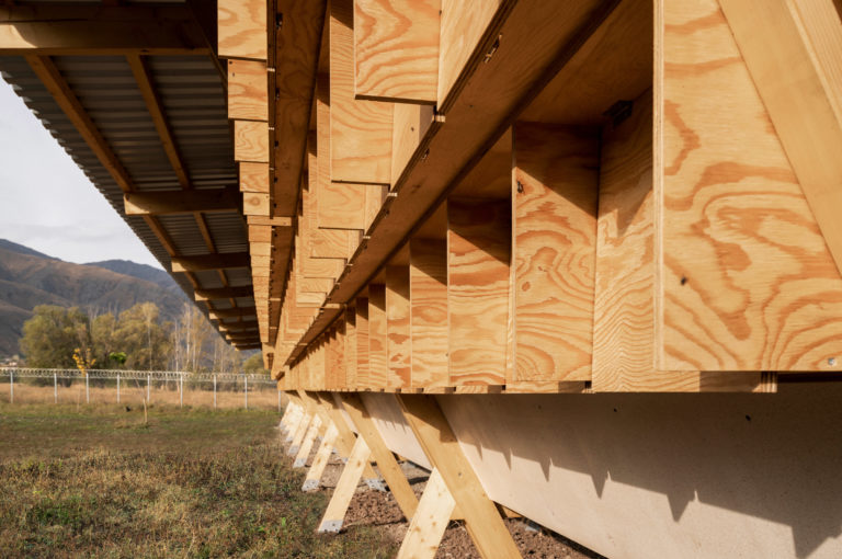 house-of-chickens-by-so-architecture-_dezeen_2364_col_5